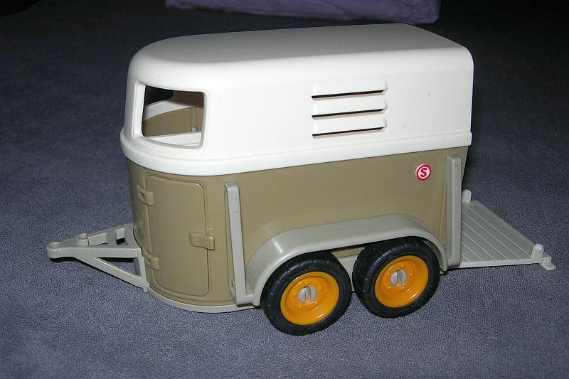 auto003.jpg